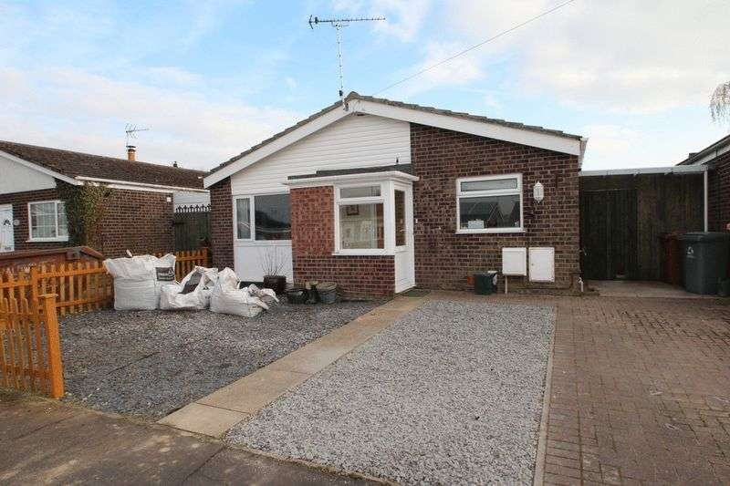 3 Bedrooms Detached Bungalow for sale in St. Clements Way, Norwich