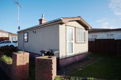 1 Bedroom Detached House for sale in Chris Crescent, Poole