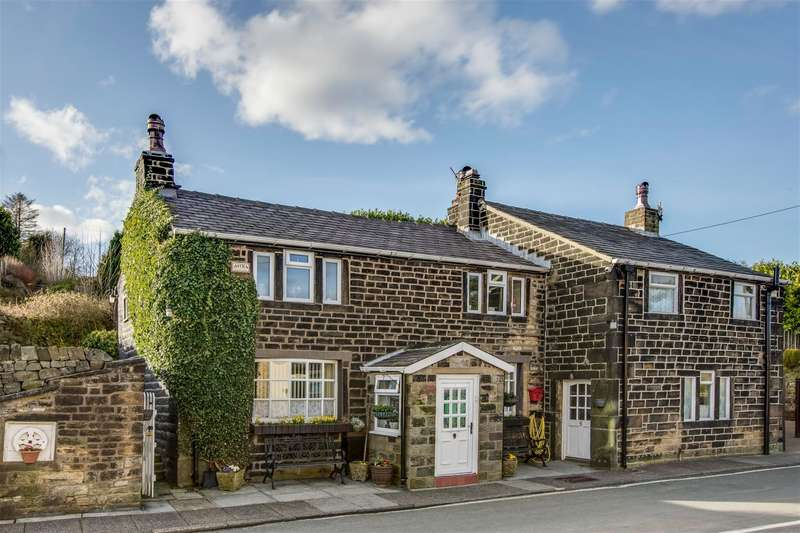 3 Bedrooms Detached House for sale in Salley Street, Calderbrook, Littleborough, OL15 9NG
