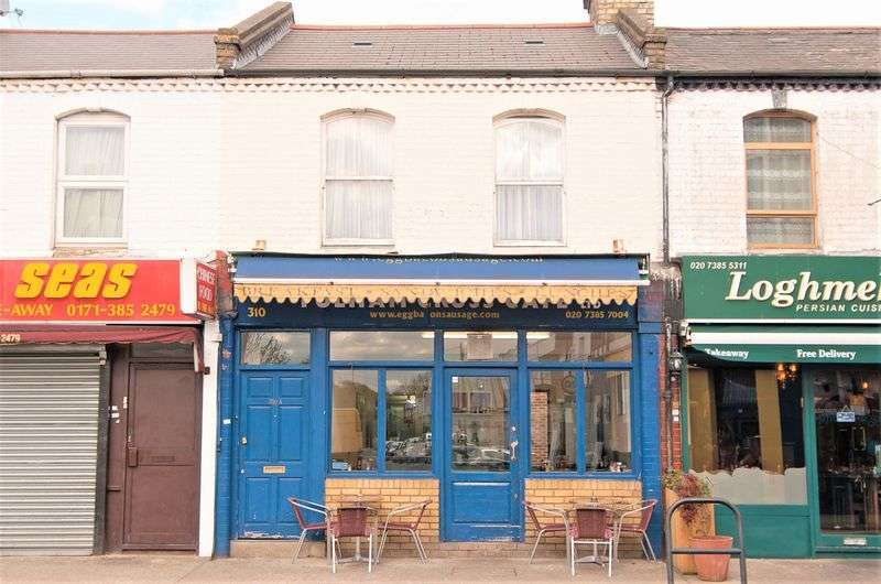 2 Bedrooms Terraced House for sale in Munster Road, London
