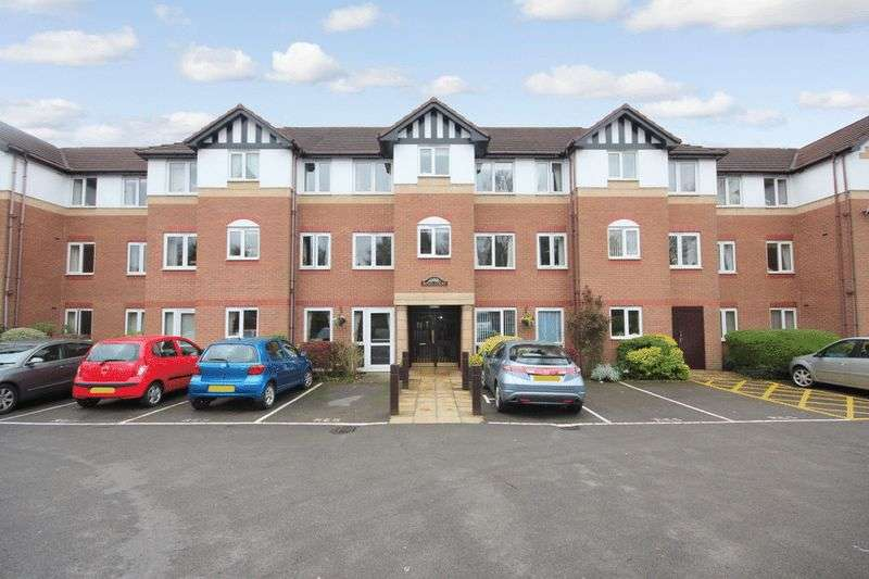 1 Bedroom Retirement Property for sale in Royal Court, Sutton Coldfield, B72 1LY