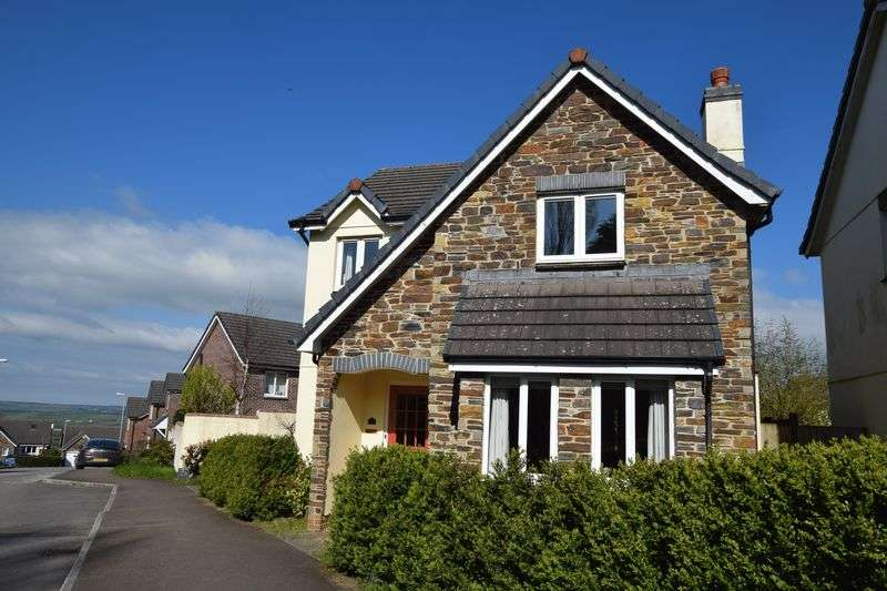 4 Bedrooms Detached House for sale in Snowdrop Crescent, Launceston