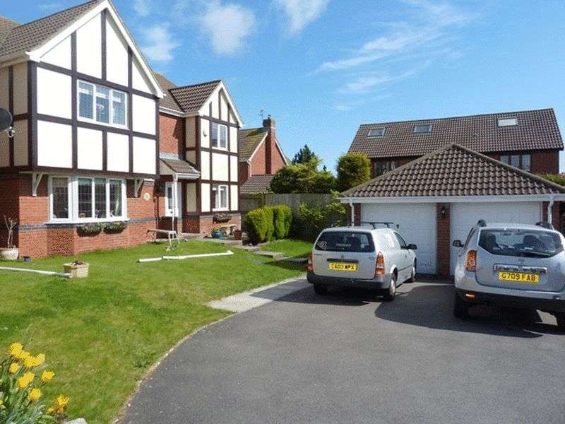 4 Bedrooms Detached House for sale in Heol Pearetree, Rhoose Point