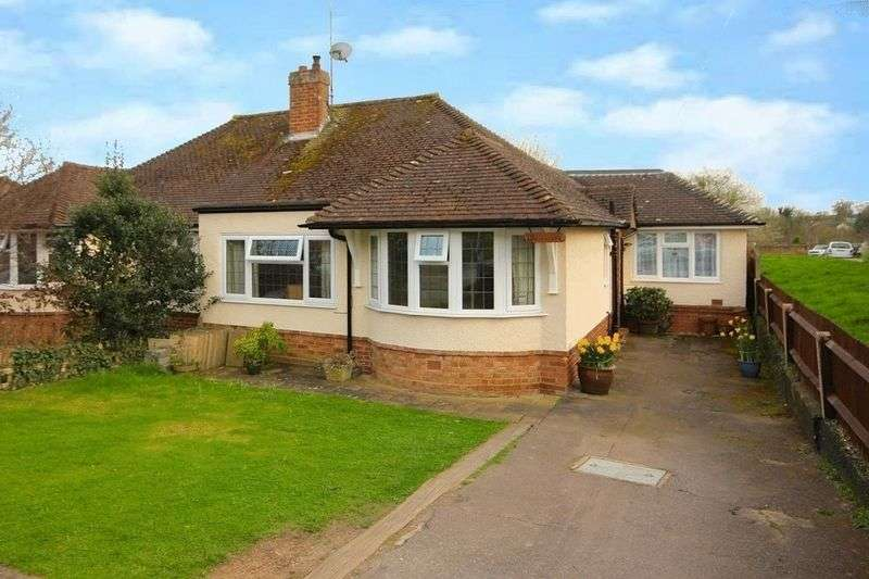 2 Bedrooms Semi Detached Bungalow for sale in Westfield, Cavendish Road, Markyate, St. Albans