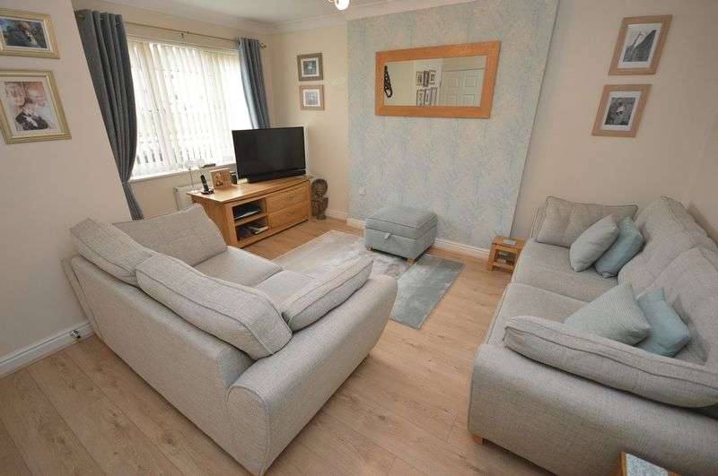 4 Bedrooms Detached House for sale in Ditchfield Road, Widnes