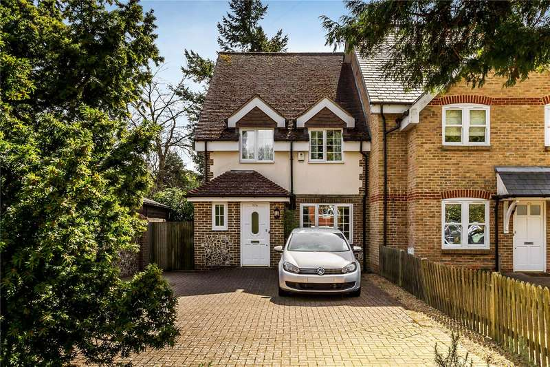 4 Bedrooms Semi Detached House for sale in Manor Avenue, Caterham, Surrey, CR3