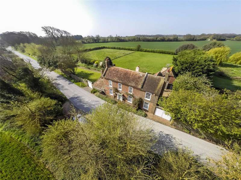 4 Bedrooms Detached House for sale in Climping Street, Climping, West Sussex, BN17
