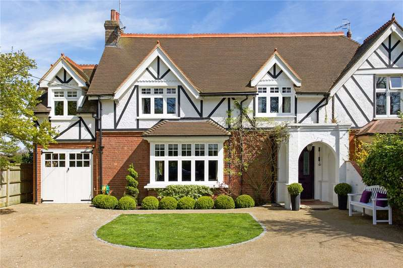4 Bedrooms Semi Detached House for sale in Lambs Green, Rusper, Horsham, West Sussex, RH12