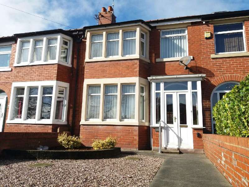 3 Bedrooms Property for sale in 221, Blackpool, FY3 7EW