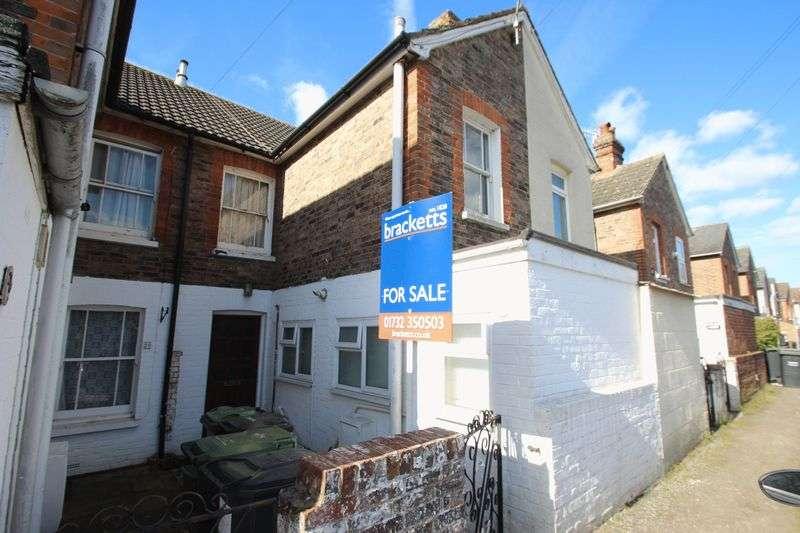 3 Bedrooms Terraced House for sale in Hawden Road, Tonbridge