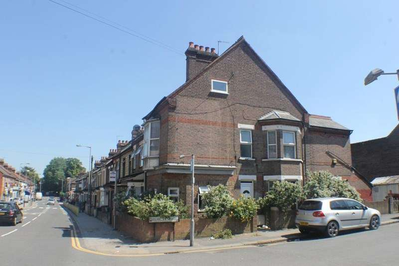 2 Bedrooms Flat for sale in Dallow Road, Luton