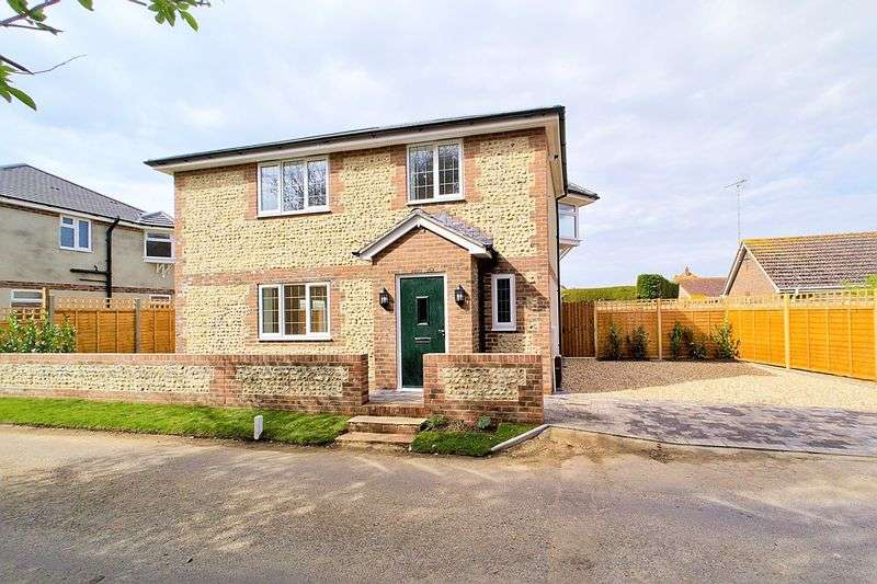3 Bedrooms Detached House for sale in Ancton Lodge Lane, Elmer, PO22
