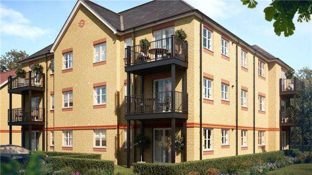 2 Bedrooms Apartment Flat for sale in Holywell Way, Stanwell, Staines-upon-Thames