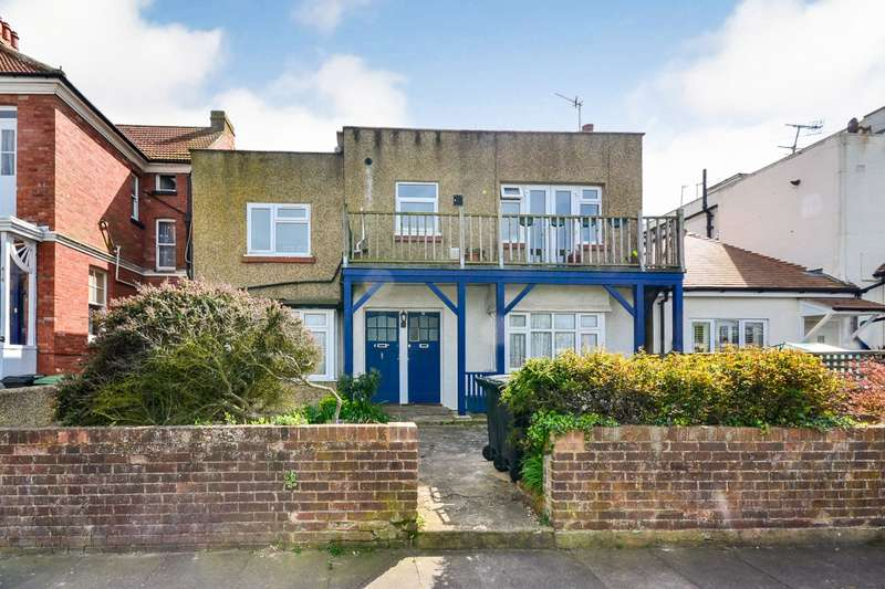 2 Bedrooms Flat for sale in Egerton Road, Bexhill On Sea, TN39