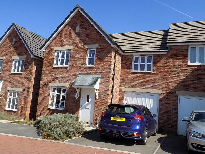 3 Bedrooms Semi Detached House for sale in Lon Yr Helyg , Coity, Bridgend. CF35 6DD
