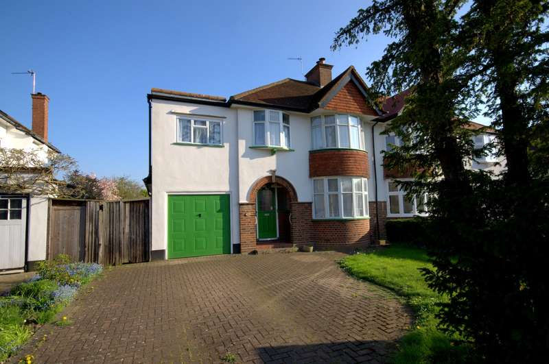 4 Bedrooms Semi Detached House for sale in Christchurch Area
