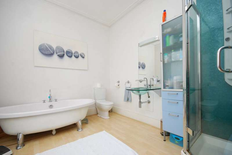 4 Bedrooms House for sale in South Croxted Road, West Dulwich, SE21