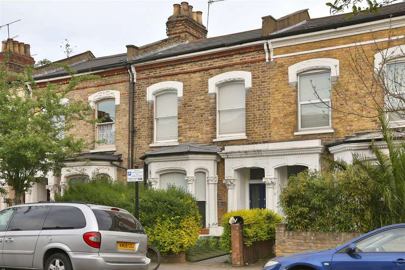 3 Bedrooms House for sale in Dynevor Road, London