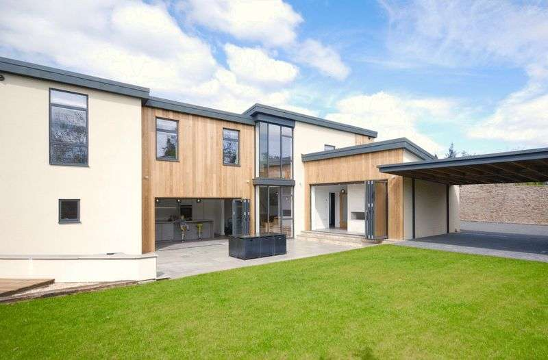 4 Bedrooms Detached House for sale in Lovers Walk, Wells