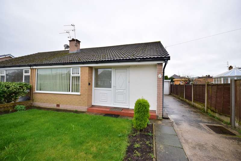 3 Bedrooms Semi Detached Bungalow for sale in Ripley Drive, Lytham St Annes, FY8