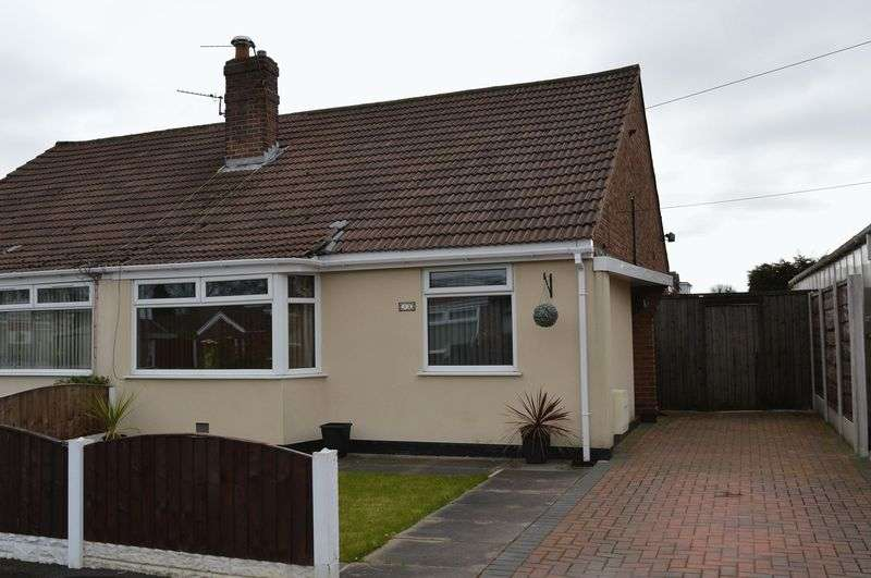 2 Bedrooms Semi Detached Bungalow for sale in Lichfield Avenue, Lowton, WA3 2JB