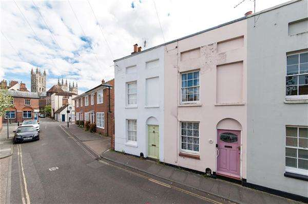 2 Bedrooms Terraced House for sale in Blackfriars Street, Canterbury