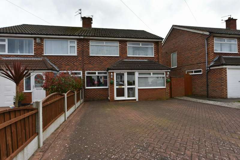 3 Bedrooms Semi Detached House for sale in Eskdale Avenue, Aughton