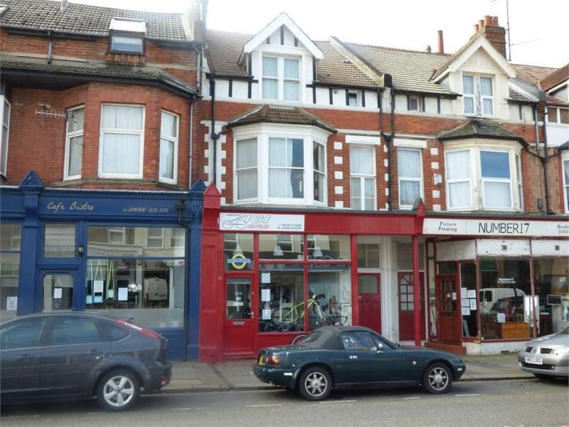 1 Bedroom Terraced House for sale in Wickham Avenue, Bexhill on Sea, TN39