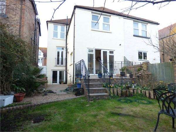 6 Bedrooms End Of Terrace House for sale in Jameson Road, Bexhill-on-Sea, TN40