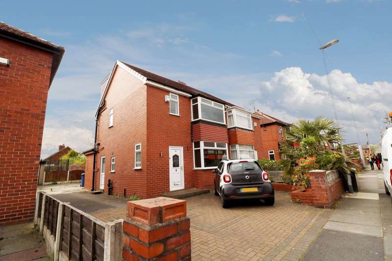 3 Bedrooms Semi Detached House for sale in Monmouth Street, Middleton, M24