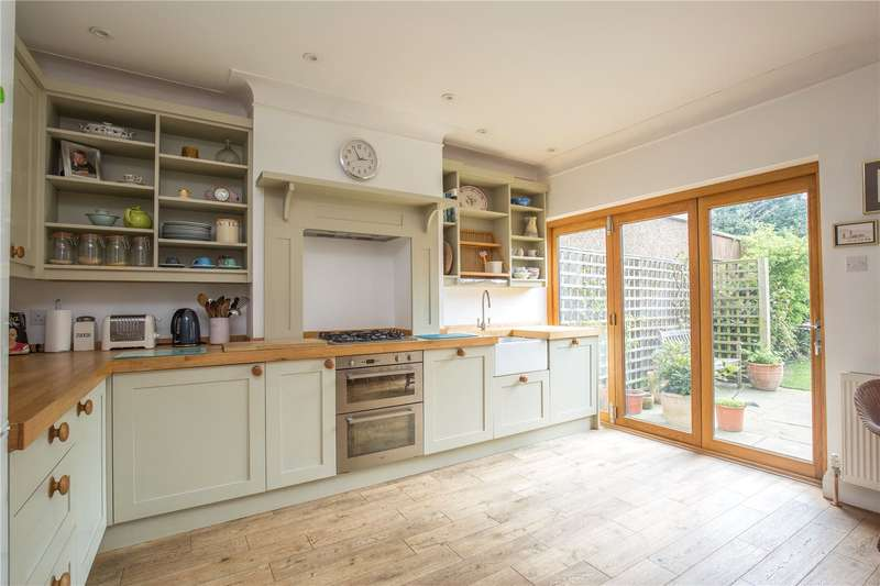 5 Bedrooms House for sale in Elmhurst Avenue, East Finchley, London, N2