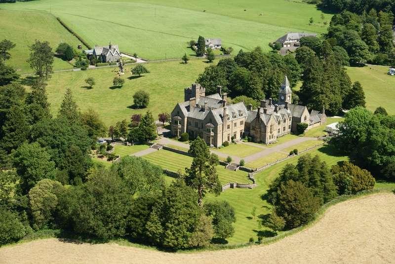 2 Bedrooms Flat for sale in 12 Sedgwick House, Sedgwick, Kendal, Cumbria, LA8 0JX