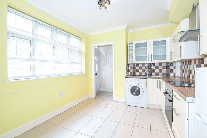 2 Bedrooms Apartment Flat for sale in Ryefield Court, Joel Street, Northwood, Middlesex, HA6