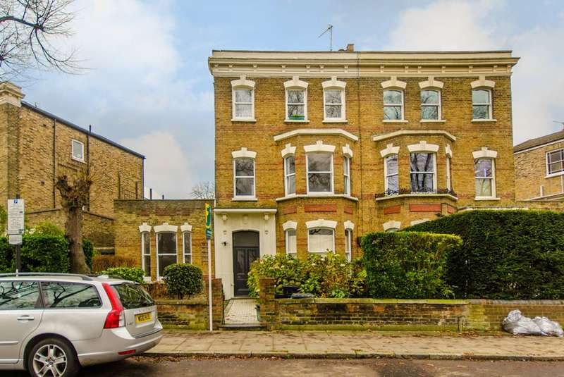 2 Bedrooms Flat for sale in Penn Road, Islington, N7
