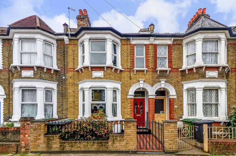 1 Bedroom Flat for sale in Bradgate Road, Lewisham, SE6
