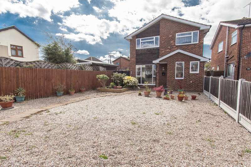 3 Bedrooms Detached House for sale in High Street, Canvey Island, SS8