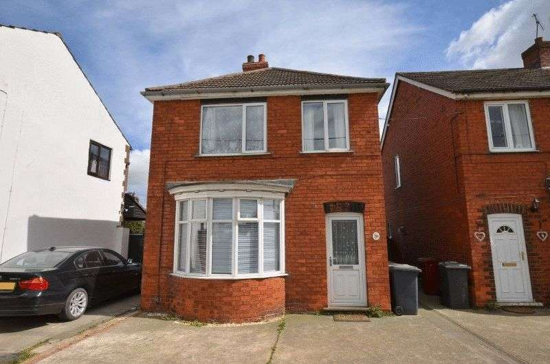 3 Bedrooms Detached House for sale in Northlands Road, Winterton, Scunthorpe