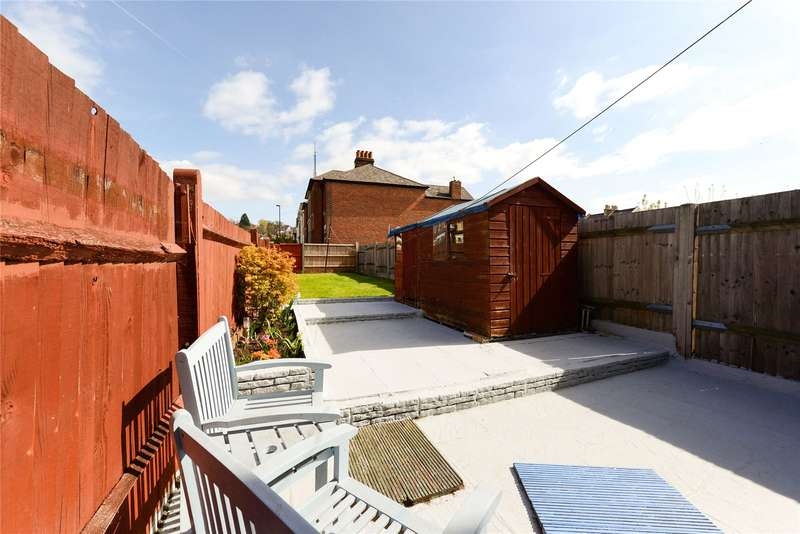2 Bedrooms End Of Terrace House for sale in Howberry Road, Thornton Heath