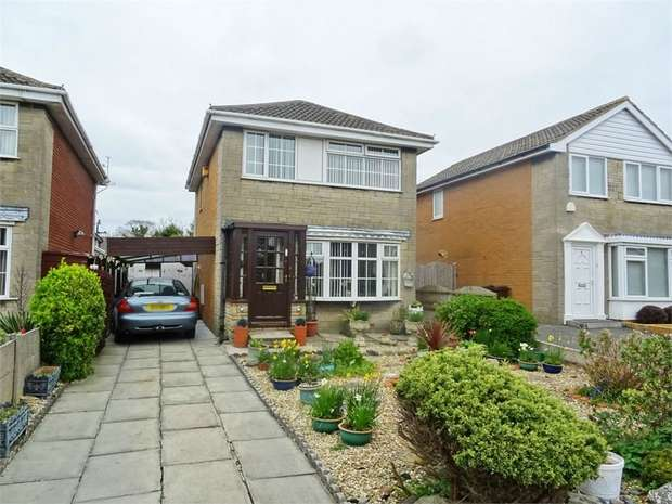 3 Bedrooms Detached House for sale in Bowling Green Close, Southport, Merseyside
