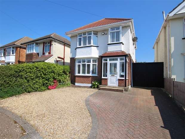 3 Bedrooms Detached House for sale in Hennings Park Road, Oakdale, POOLE, Dorset
