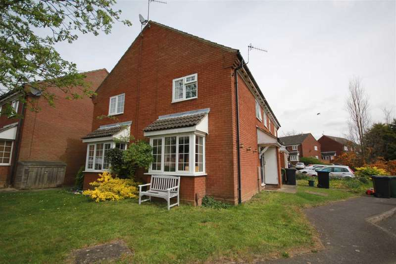 2 Bedrooms House for sale in ATTRACTIVE 2 BED FAMILY HOME IN HP1, WALKING DISTANCE TO HEMEL HEMPSTEAD STATION