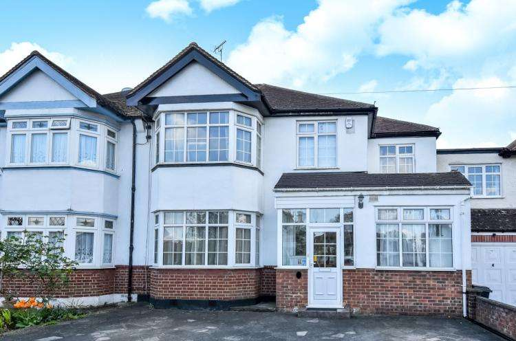 5 Bedrooms House for rent in Devonshire Way Shirley CR0