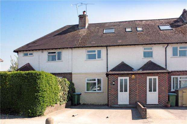 3 Bedrooms Terraced House for sale in Hillside Crescent, Angmering, West Sussex, BN16