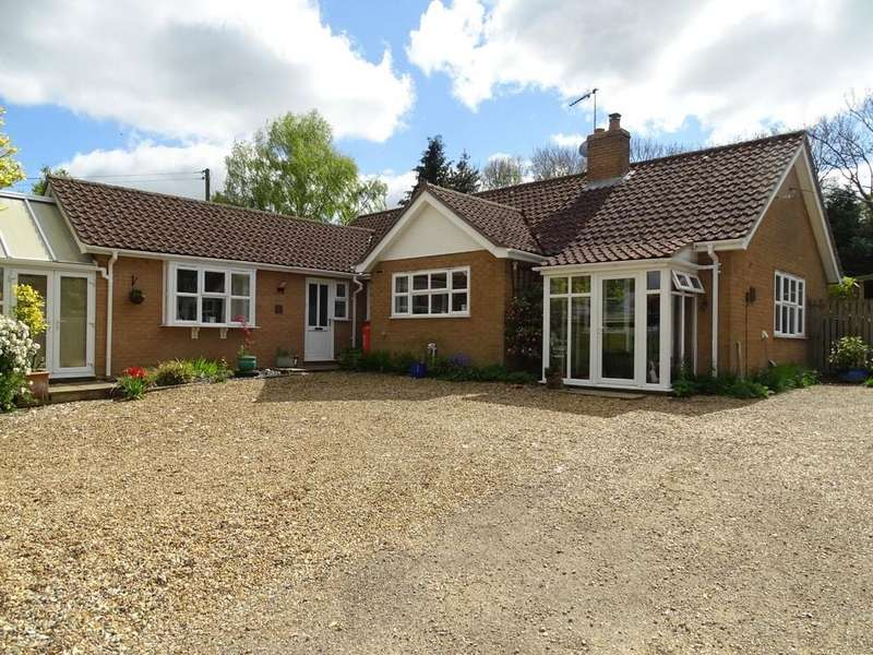 4 Bedrooms Detached Bungalow for sale in Church Lane, Whittington