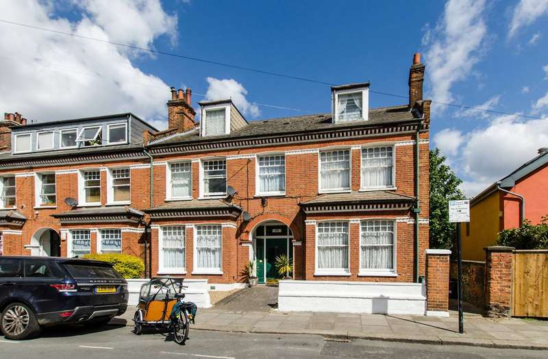 12 Bedrooms End Of Terrace House for sale in Huron Road, Heaver Estate, SW17