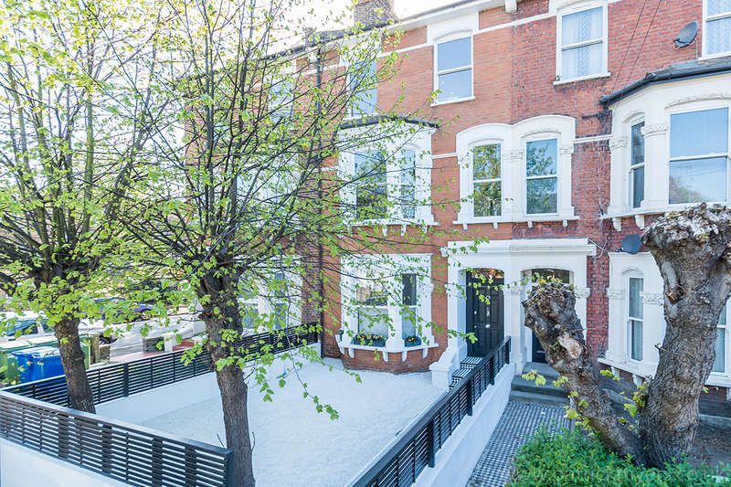 2 Bedrooms Apartment Flat for sale in York Grove, , SE15