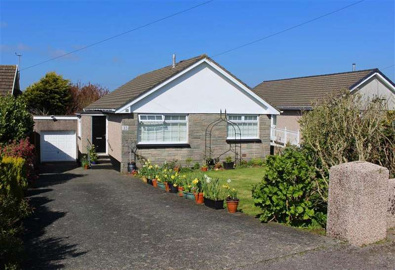 3 Bedrooms Property for sale in Silverstream Drive, Milford Haven, Hakin