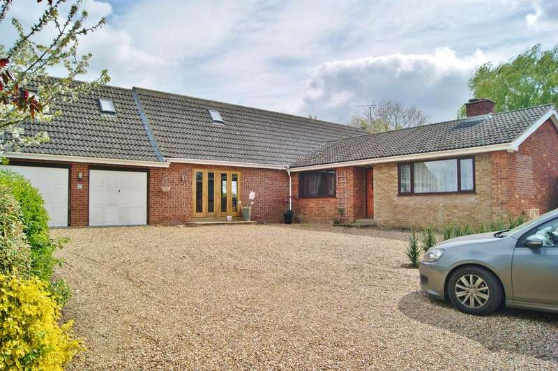 4 Bedrooms Detached House for sale in New Farm, Horsecroft Road, Bury St Edmunds IP29