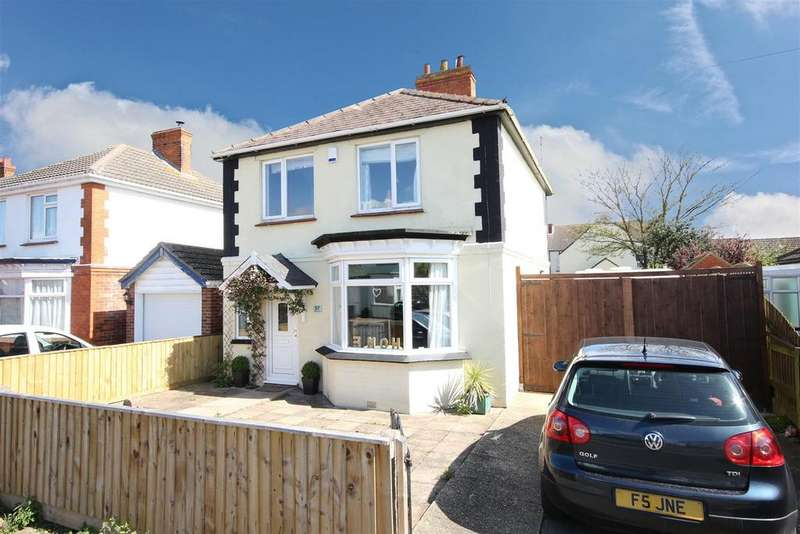 3 Bedrooms Detached House for sale in 57 George Street, Mablethorpe
