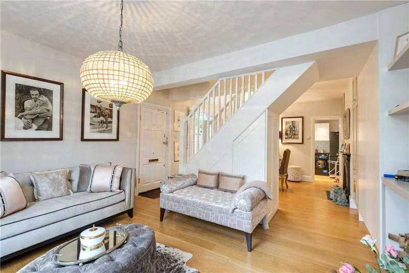 2 Bedrooms Semi Detached House for sale in Orchard Road, Highgate, London, N6